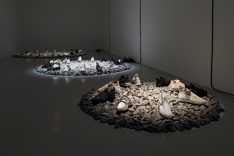 marble sneaker landscape flip ziedses des plantes design studio. Black Bedroom Furniture Sets. Home Design Ideas